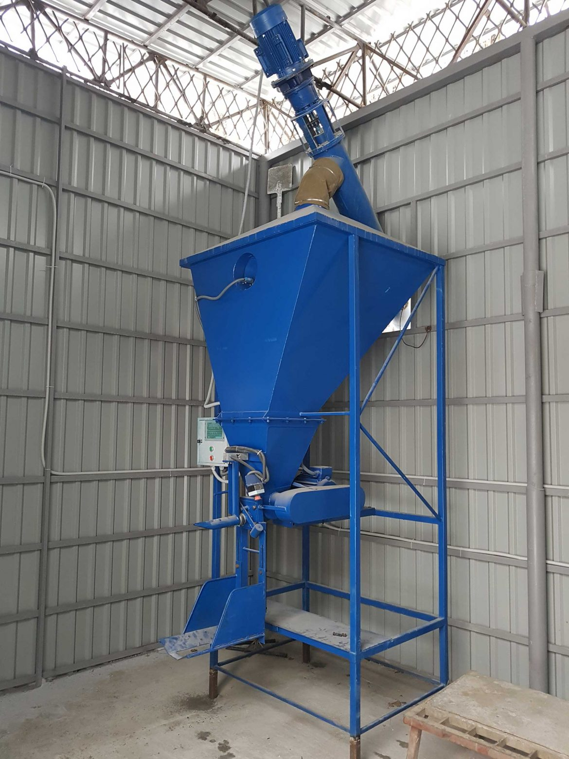 NPC KTS produces equipment for packing bulk materials